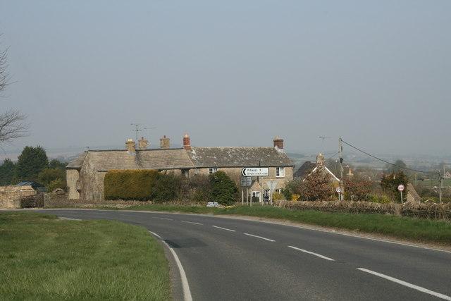 Approaching Shipton-Under-Wychwood