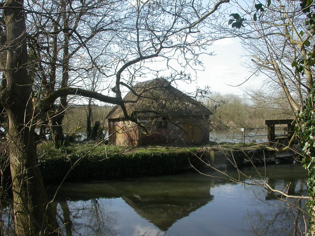 Burton, fish house