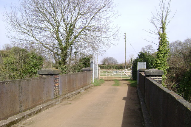 The gate to Jephson's Farm, Myton