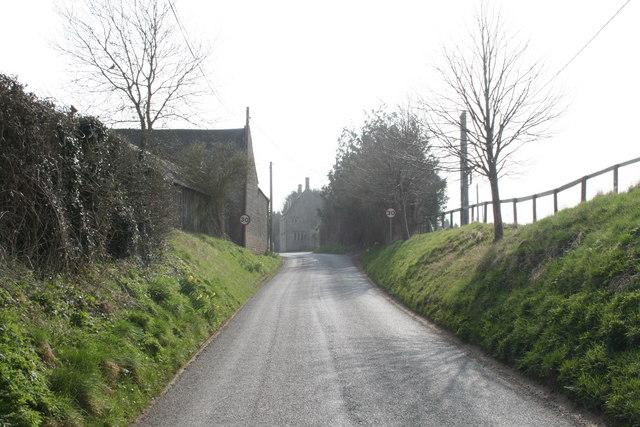 Road through Foscot