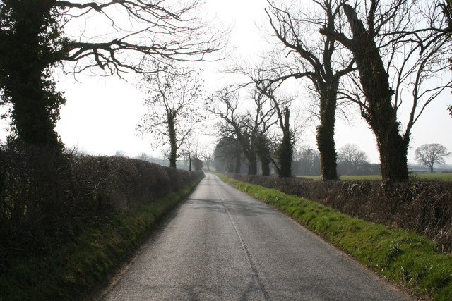 Road from Foscot to Bould