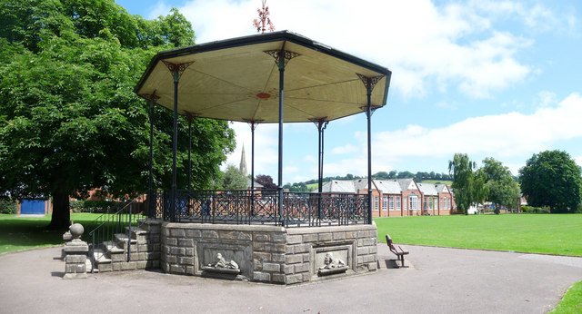 Tiverton : Westexe Bandstand