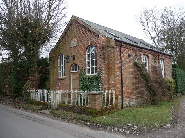 Dummer - Chapel