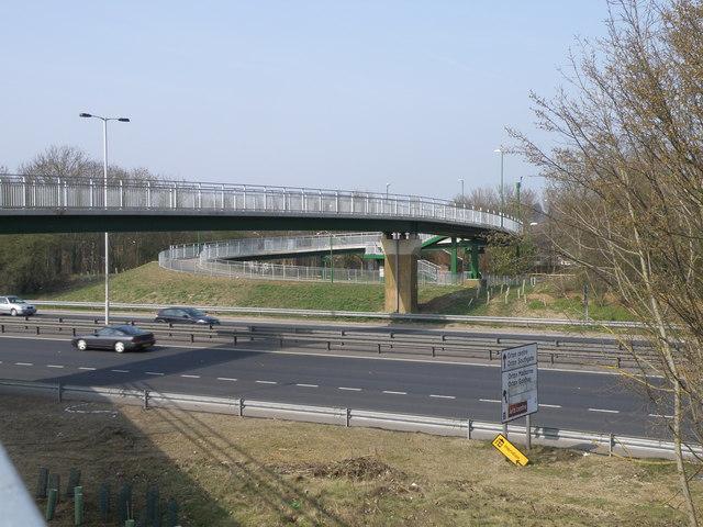 New pedestrian/cycle bridge