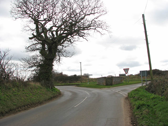 Approaching 4-way junction