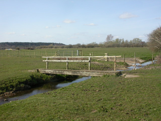 Burton, footbridge