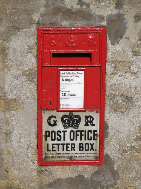 "George V ""Ludlow"" postbox at Sinderhope"