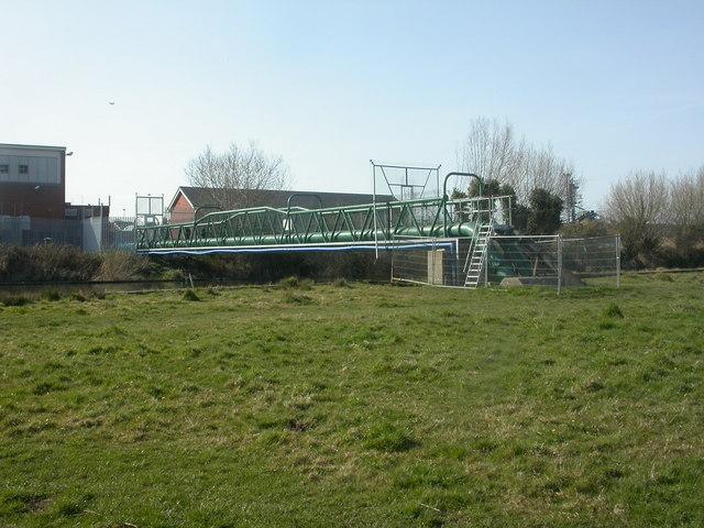 Burton, aqueduct