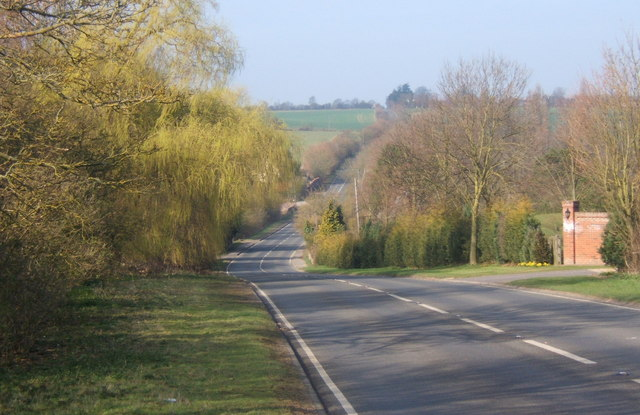 B1256 dip at Stebbingford