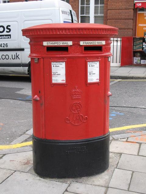 Edward VII postbox, Judd Street /  Bidborough Street, WC1