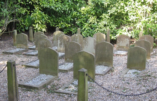 The Dog Cemetery, Polesden Lacey