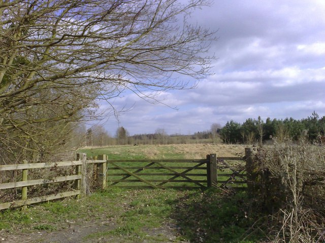 Gated Path, Coombs, Bucks