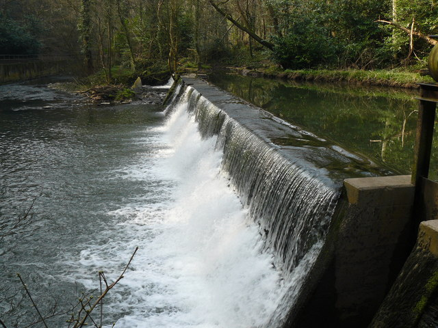 Weir on River Frome-Oldbury Court