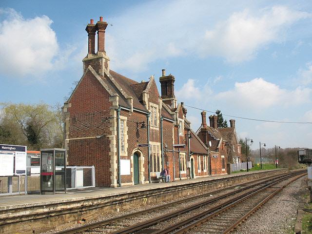 Wateringbury station building