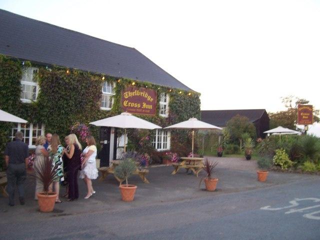 Thelbridge Cross : Thelbridge Cross Inn