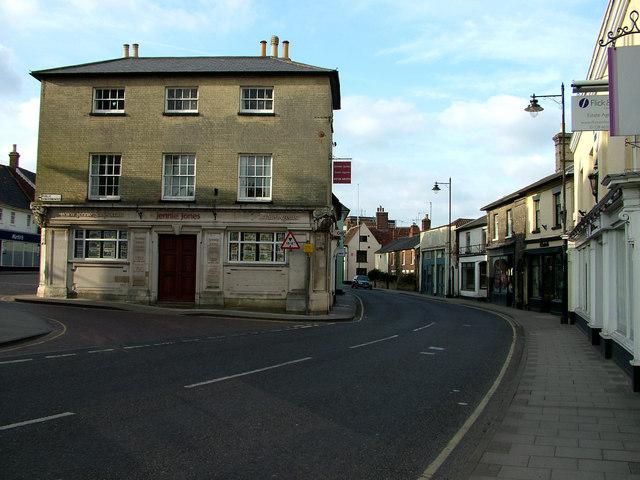 Saxmundham High Street looking north