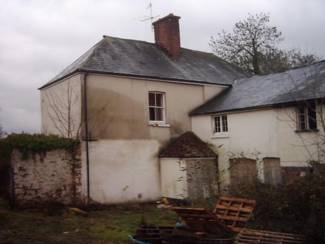Tiverton : Abandoned House