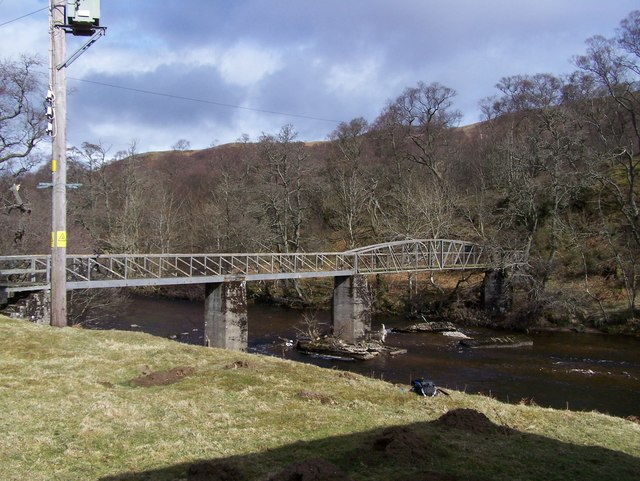 Bridge across North Esk