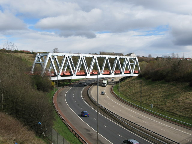Railway Bridge over the M80 Motorway:: OS grid NS6267 :: Geograph ...