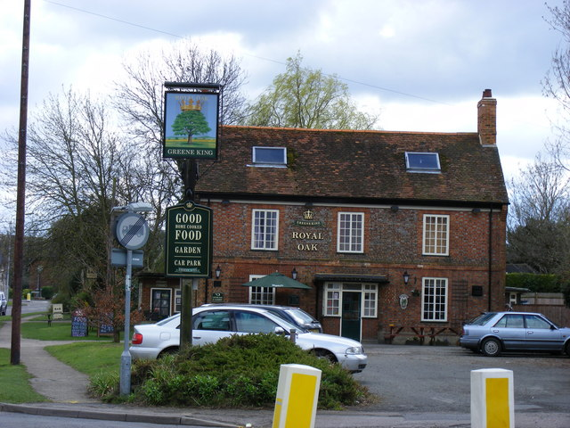 Royal Oak, Barton-Le-Clay:: OS grid TL0830 :: Geograph Britain and ...