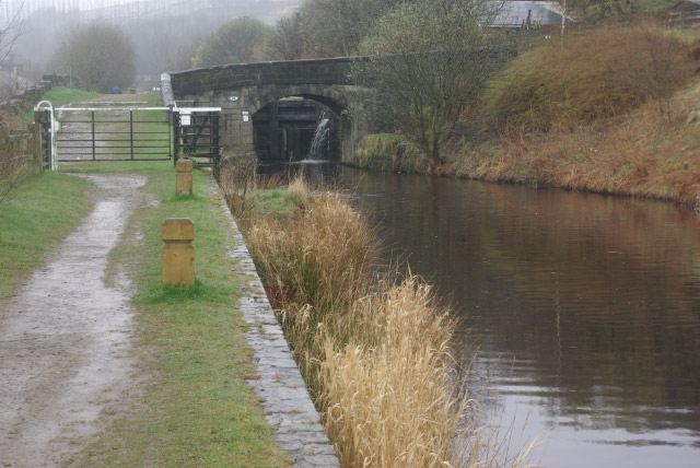 Pike House Lock, Rochdale Canal