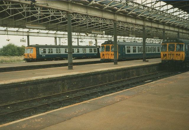 Early electric multiple units at Rugby