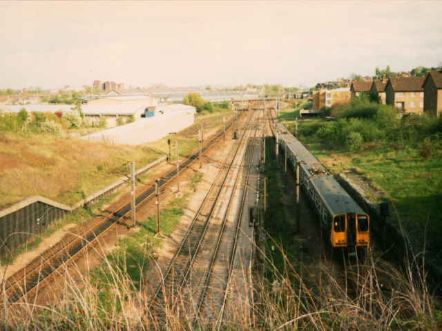 Railway south of Wood Green tunnels