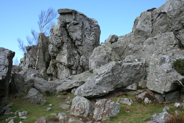 Break in the crags, Ruabon Mountain