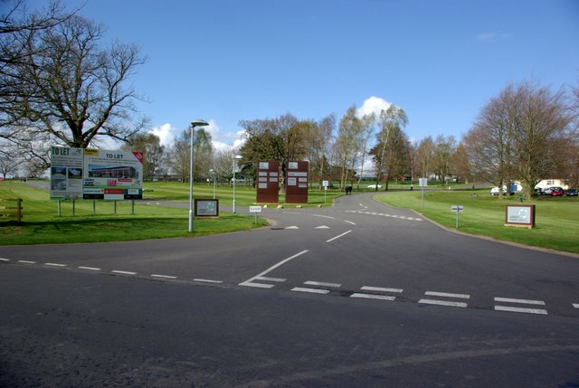 Entrance to Abbey Park