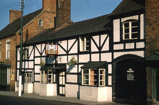 Royal Fountain Inn
