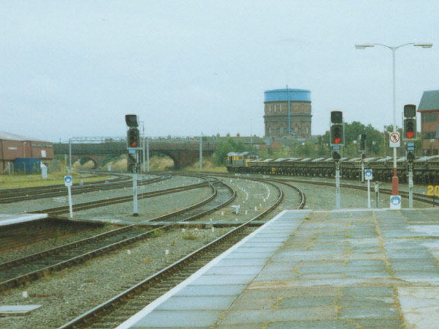 Railway lines east of Chester station