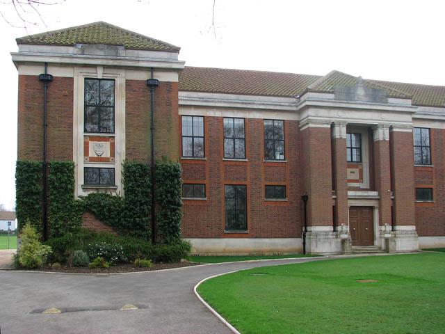 Gresham's School © Evelyn Simak cc-by-sa/2.0 :: Geograph ...