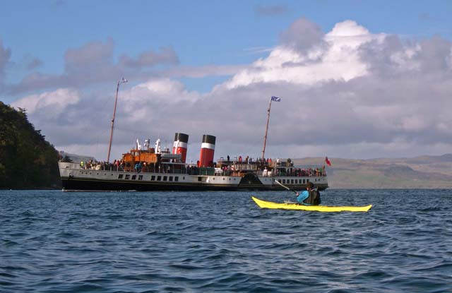 Paddle steamer meets sea kayak