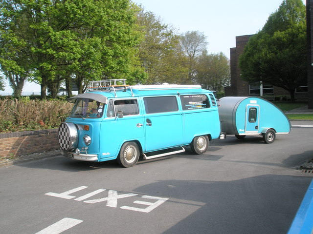VW Camper van and trailer at the 2009 Havant Mayor's Rally