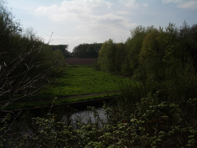 Elan Aqueduct crossing the Staffordshire and Worcestershire Canal