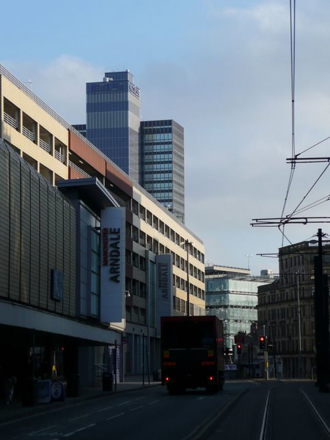 The Arndale Centre and High Street