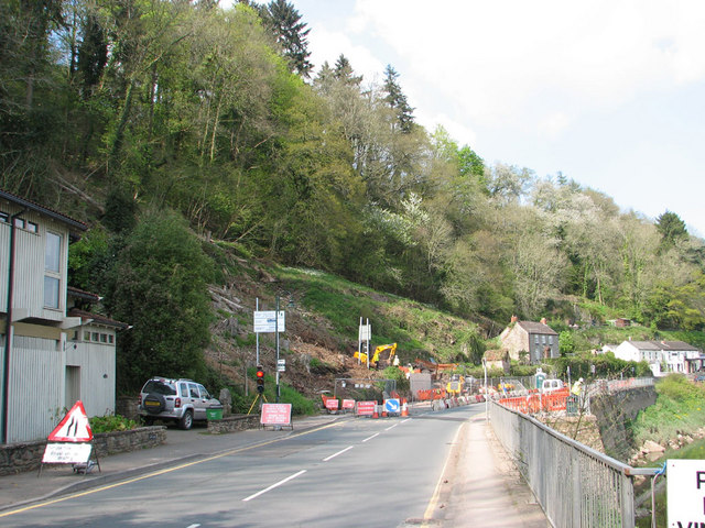 Work on Tintern landslip