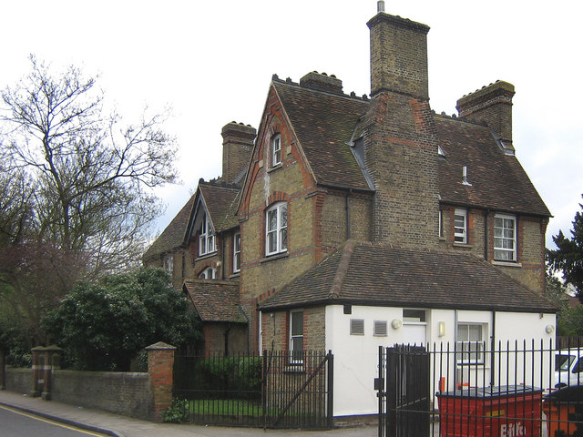 6 Church Hill