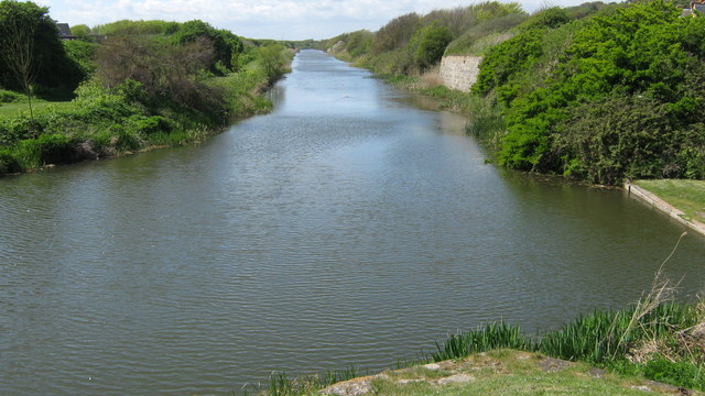 Royal Military Canal starts at Seabrook