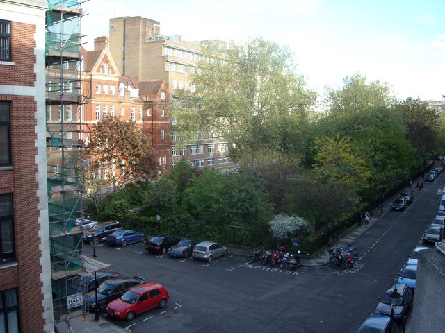Queens Square, Bloomsbury, London