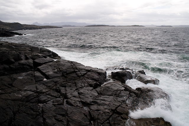 Coastline at Western Tip of An Fharaid Bheag