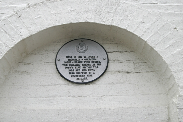 Plaque on Faversham old fire station