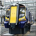 NS5865 : New train mock-up at Glasgow Central : Week 19