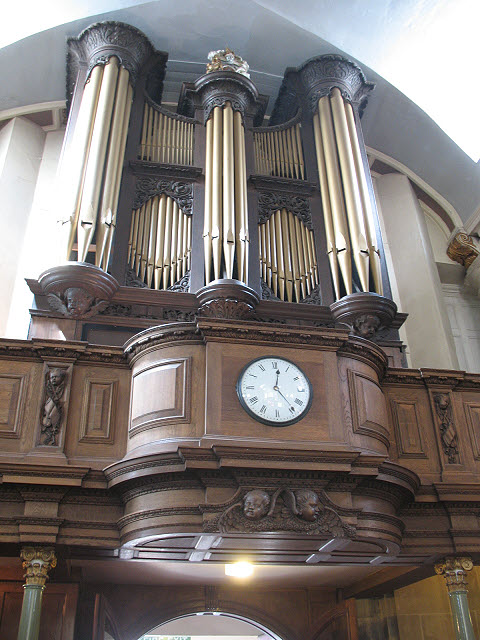 Organ in St Mary's church, Bermondsey