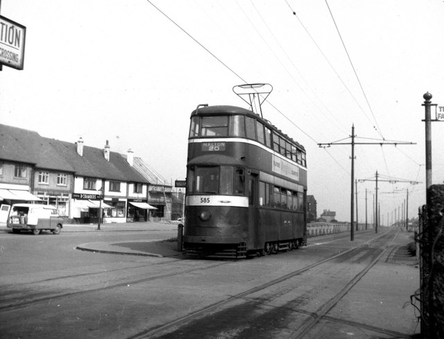 Tram at Middleton (Lingwell Road)