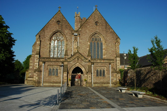 St Marys Priory Church Abergavenny Philip Halling Cc