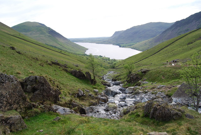 Looking down Lingmell Gill towards Wastwater