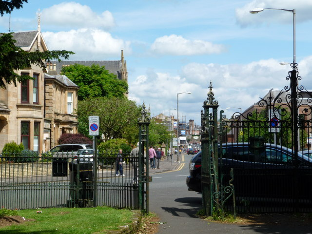 Looking towards John Finnie Street from the gates of Howard Park