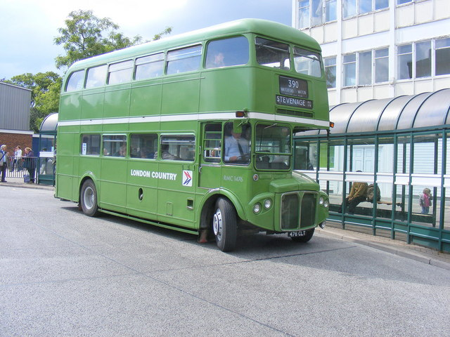 Routemaster D/D Coach in 'Bus Station