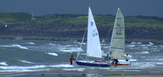 Dinghies in Carnoustie Bay